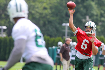 A midseason QB controversy is the last thing the Jets need this season.