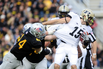 Iowa needs more than just linebackers to carry the defense in 2013