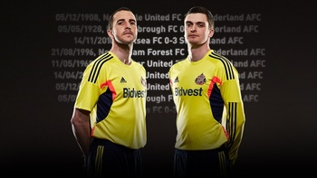 2013awaykit_display_image