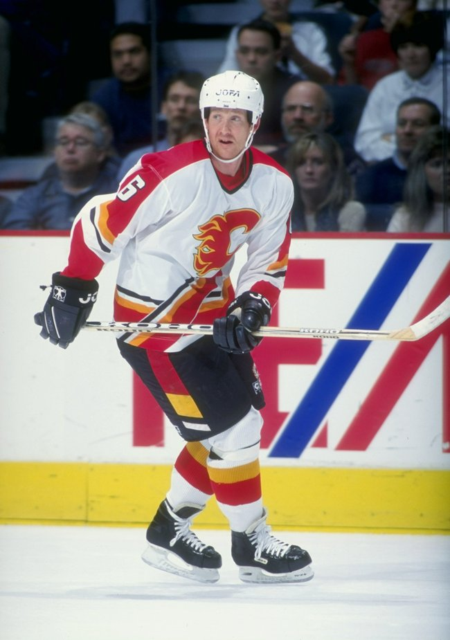 8 Dec 1998:  Phil Housley #6 of the Calgary Flames skates during the game against the Dallas Stars at Canadian Airlines Saddledome in Calgary, Canada. The Stars defeated the Flames 3-2. Mandatory Credit: Ian Tomlinson  /Allsport