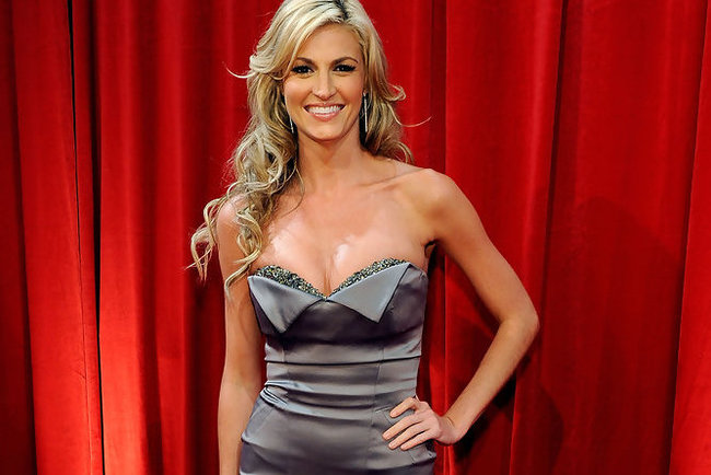 Erinandrews17thannualespyawardsbackstageohjbcuvxsdmx_crop_650