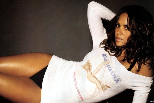 Halle_berry_widescreen_wallpaper_hd-wide_original_crop_650