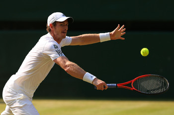 Andy Murray reaches for the comeback—Wimbledon 2013.