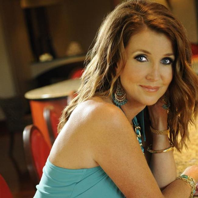 Dixie_carter_1_1721881a_crop_650