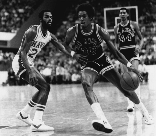 Spurs78-79roadlarrykenonhawks_crop_650