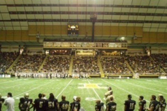 Kibbie-stadium-2-300x225_crop_650