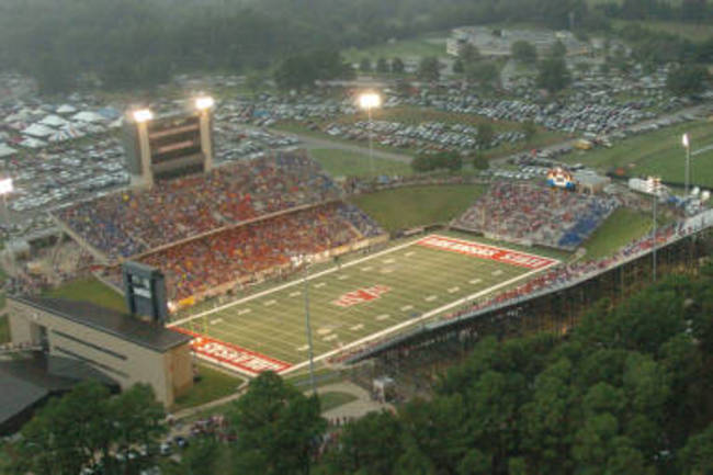 Liberty_bank_stadium_crop_650