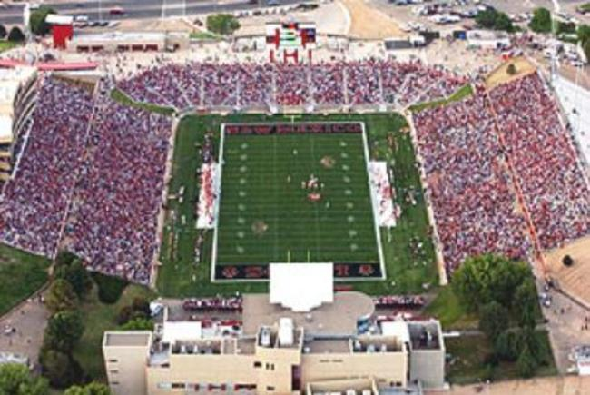 University_stadium_nm_1-427x292_crop_650