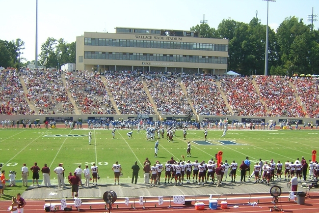 Wallace_wade_stadium_2005_virginia_tech_at_duke_crop_650