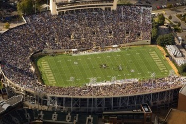 Vanderbilt-university-football-2008-season-gameday-at-vanderbilt-stadium-van-f-2008-00046lg_original_crop_650