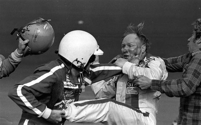 081023_daytona500fight2_1979_h-ss_full_crop_650