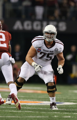 Jake Matthews (75) could help San Diego's offensive line.
