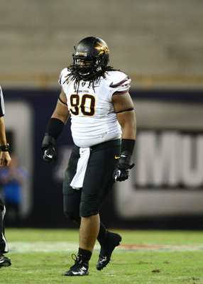 Sutton (90) is a top interior defensive lineman prospect.