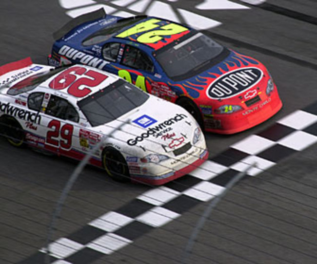Nascar-moments_pic18_crop_650