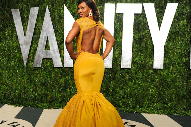 Serena-williams-at-2012-vanity-fair-oscar-party-at-sunset-tower-1_crop_650