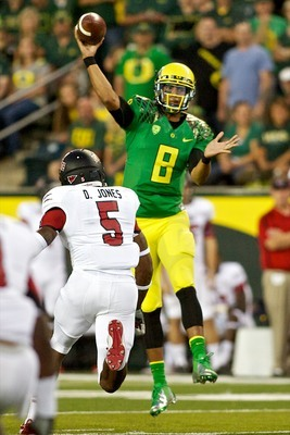 Oregon sophomore quarterback Marcus Mariota against Arkansas State in 2012.