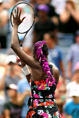 Venus Williams returns to form in the first round of the 2013 U.S. Open.