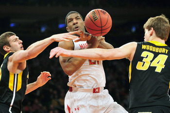 Former Maryland point guard Pe'Shon Howard will play his final season at USC.