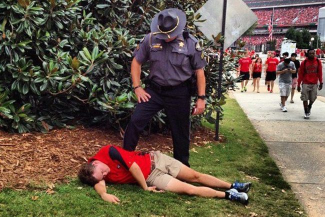 Passed-out-georgia-fan_crop_650