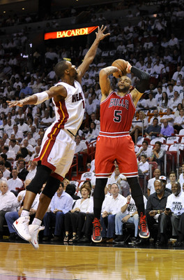 Like Luol Deng, Boozer could be playing for a spot on the 2014-15 roster.