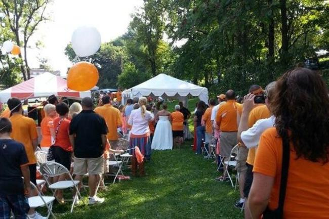 Tennessee-tailgate-wedding_crop_650