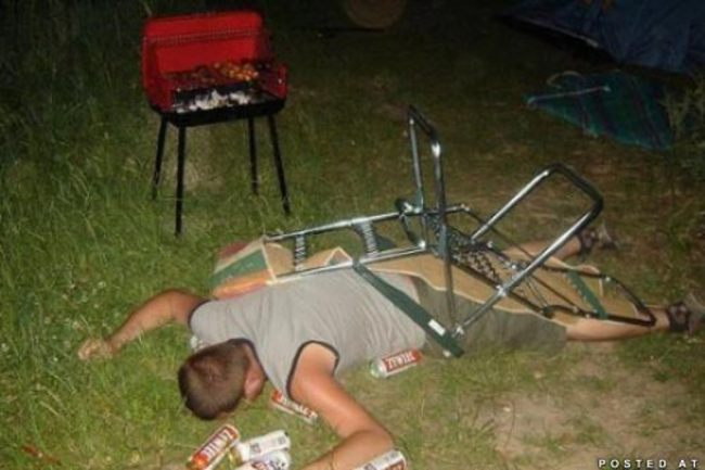 Awesome-tailgate-funny-19_crop_650