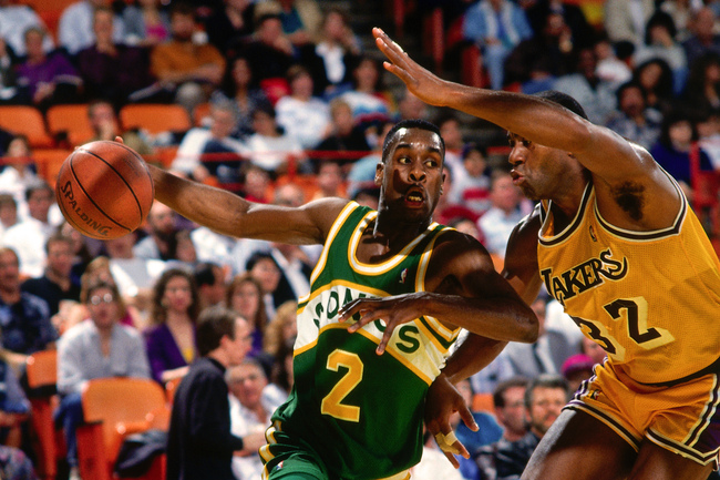 Hi-res-173506058-gary-payton-of-the-seattle-supersonics-drives-against_crop_650