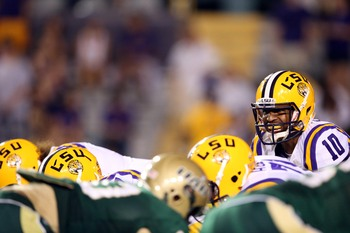 Anthony Jennings awaits the snap against UAB.