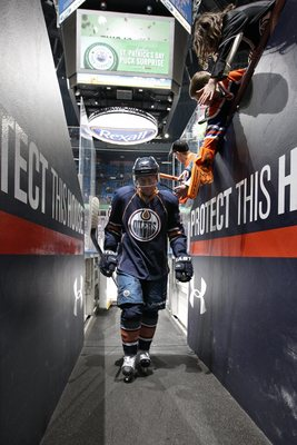 This could be Linus Omark's last chance to make the Oilers roster.