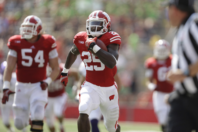 MADISON, WI - SEPTEMBER 07: Melvin Gordon #25 of the Wisconsin Badgers runs for 65 yards during the first half against the Tennessee Tech Golden Eagles at Camp Randall Stadium on September 07, 2013 in Madison, Wisconsin. (Photo by Mike McGinnis/Getty Imag