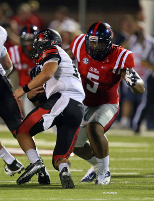 Ole Miss freshman defensive end Robert Nkemdiche