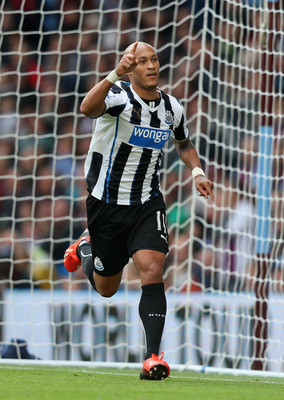 Yoan Gouffran celebrates his winner at Aston Villa