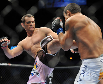 Rich Franklin (left) faces Vitor Belfort.