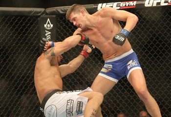 Stephen Thompson earned his second KO in the UFC on Saturday night.