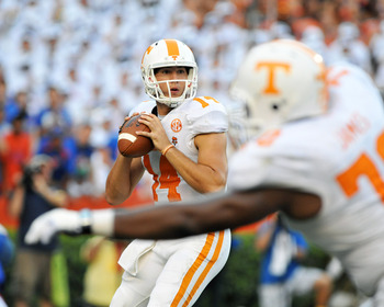 Hi-res-181483894-quarterback-justin-worley-of-the-tennessee-volunteers_display_image