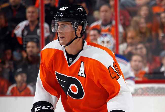 Hi-res-180961015-vincent-lecavalier-of-the-philadelphia-flyers-skates_crop_650x440