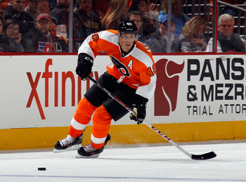 Hi-res-180960968-vincent-lecavalier-of-the-philadelphia-flyers-skates_display_image