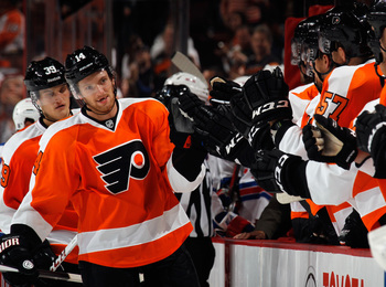 Hi-res-180914198-sean-couturier-of-the-philadelphia-flyers-celebrates_display_image