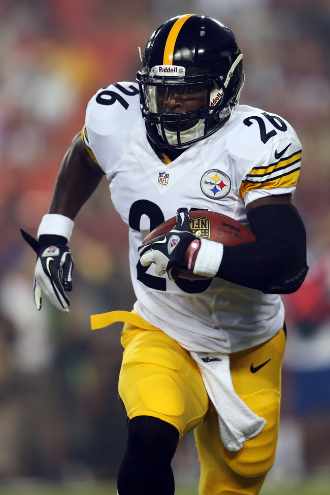 Hi-res-176948149-running-back-leveon-bell-of-the-pittsburgh-steelers_crop_650