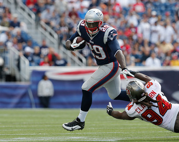 Hi-res-181572074-legarrette-blount-of-the-new-england-patriots-leaps_display_image