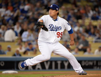 Hi-res-180346861-hyun-jin-ryu-of-the-los-angeles-dodgers-pitches-to-the_display_image