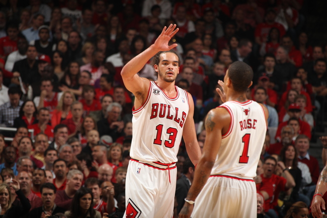 Hi-res-114377731-joakim-noah-and-derrick-rose-of-the-chicago-bulls-greet_crop_650