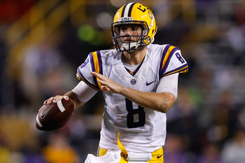 Hi-res-181493243-zach-mettenberger-of-the-lsu-tigers-looks-to-throw-a_display_image
