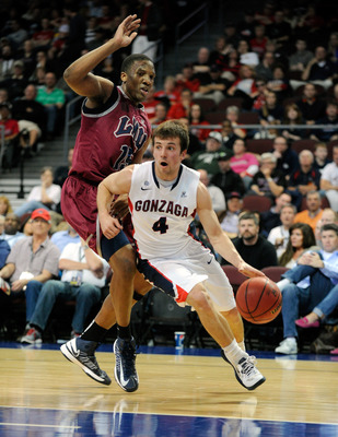 Hi-res-163433826-kevin-pangos-of-the-gonzaga-bulldogs-drives-against_display_image