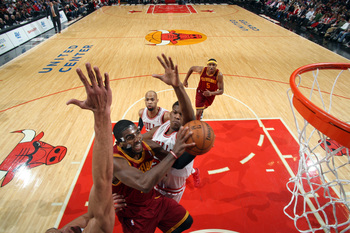 Hi-res-159090391-kyrie-irving-of-the-cleveland-cavaliers-shoots-against_display_image