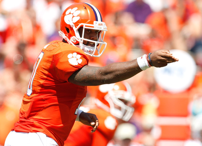 Hi-res-179910927-tajh-boyd-of-the-clemson-tigers-calls-a-play-during-the_crop_650