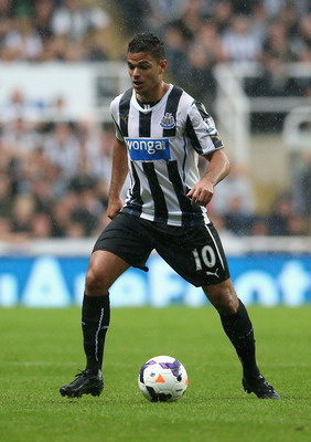 Hi-res-177622892-hatem-ben-arfa-of-newcastle-united-runs-with-the-ball_display_image