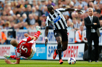 Hi-res-178915298-moussa-sissoko-of-newcastle-in-action-with-brede_display_image