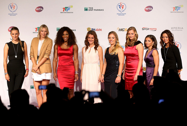 Hi-res-154530718-victoria-azarenka-maria-sharapova-serena-williams_crop_650x440
