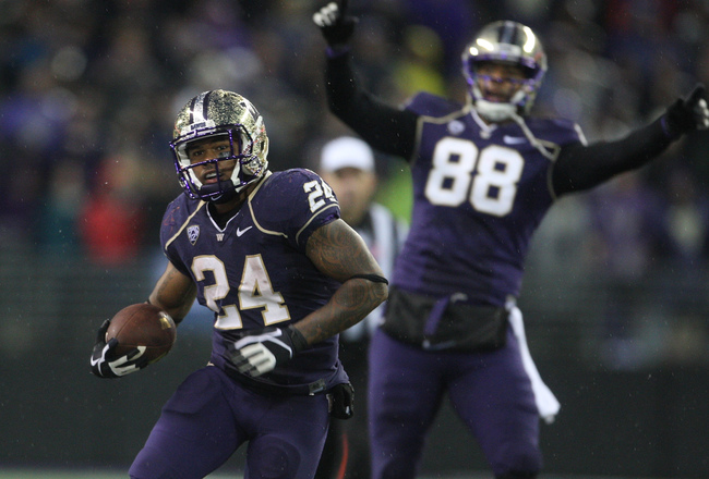 Hi-res-182948498-running-back-jesse-callier-of-washington-huskies-runs_crop_650x440